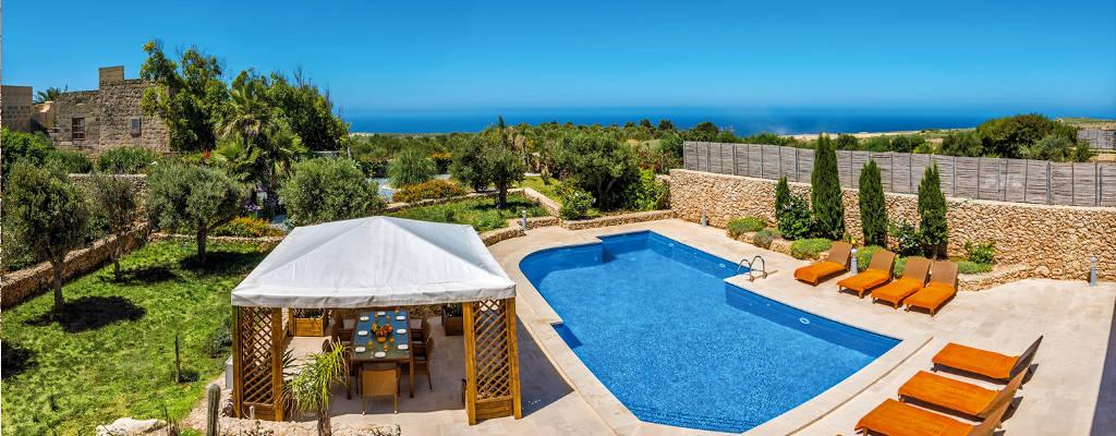 Villas With Pools In Malta
